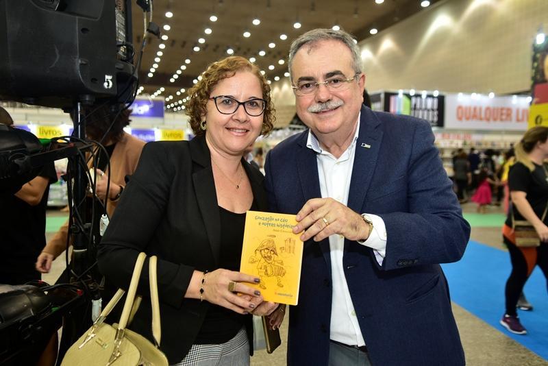 Elizabeth Magalhaes, Assis Cavalcante