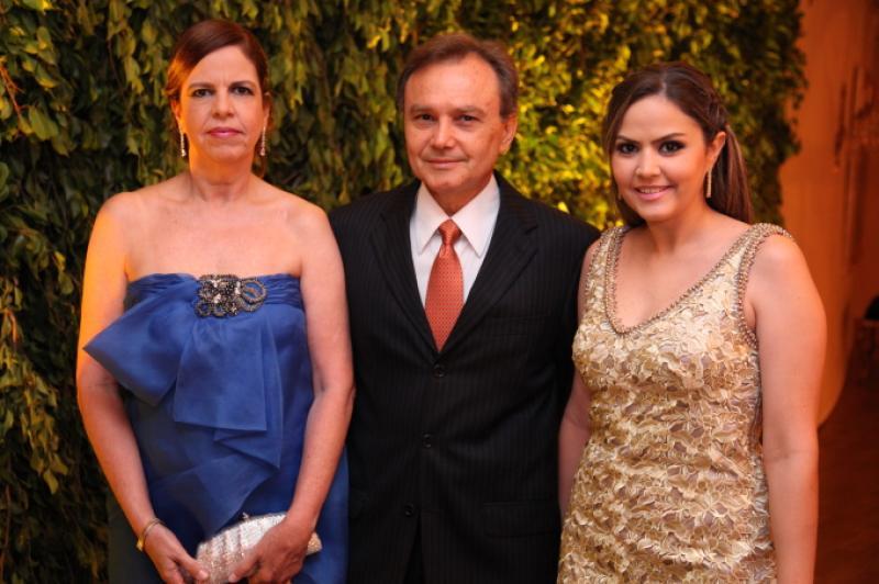 Eveline, Adauto e Luciana Farias