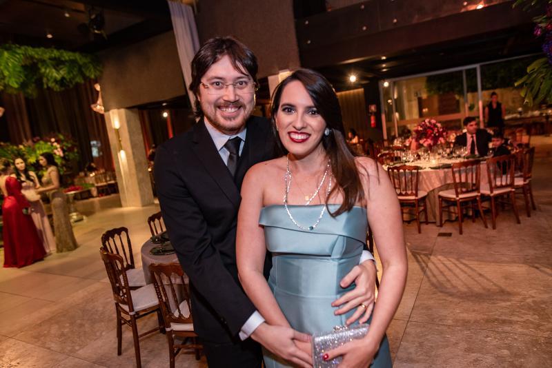 Matheus Romcy e Natalia Roncy