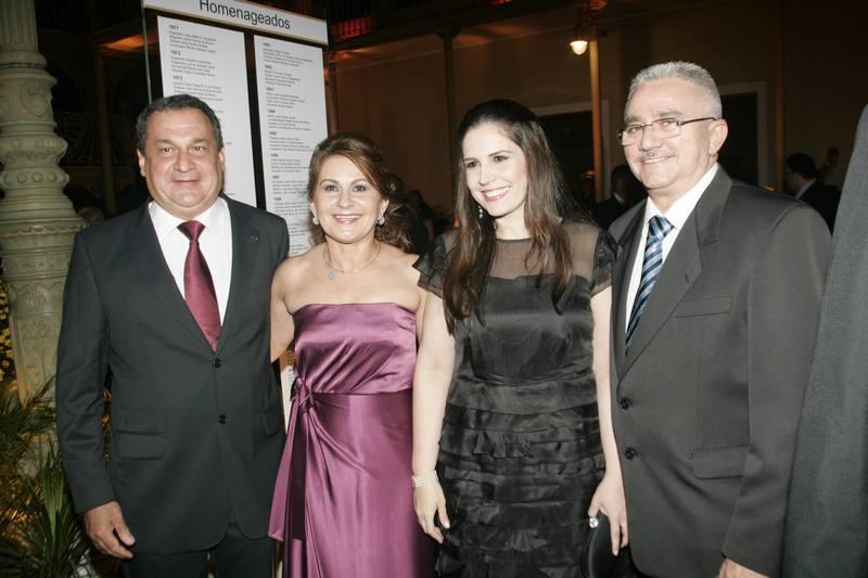 Manuel e Tania Veras, Fabiola Cals e Alcimor Rocha