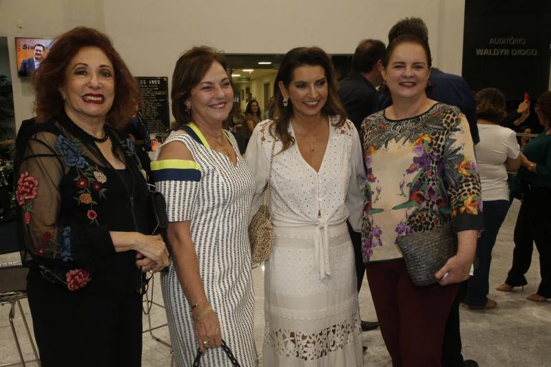 Vania Dummar, Ana Studart, Marcia Travessoni e Ethel Whitehust
