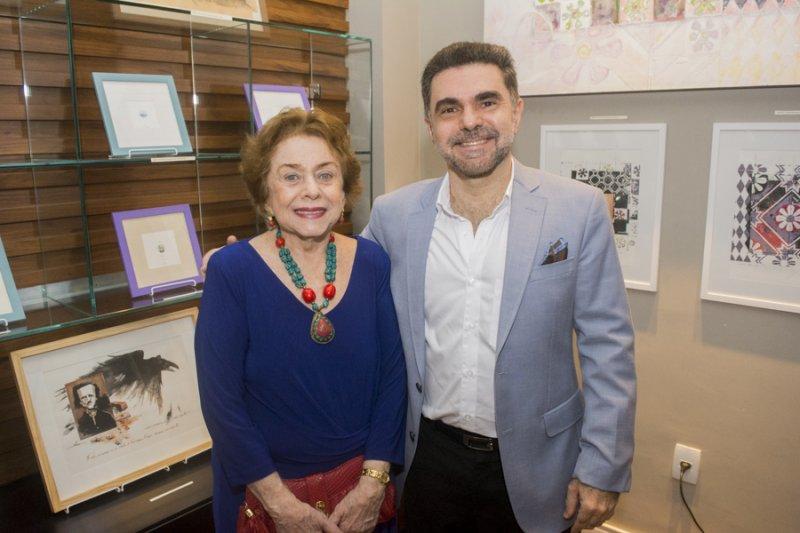 Isaac Furtado reúne convidados especiais durante exposição na CDMAX Café