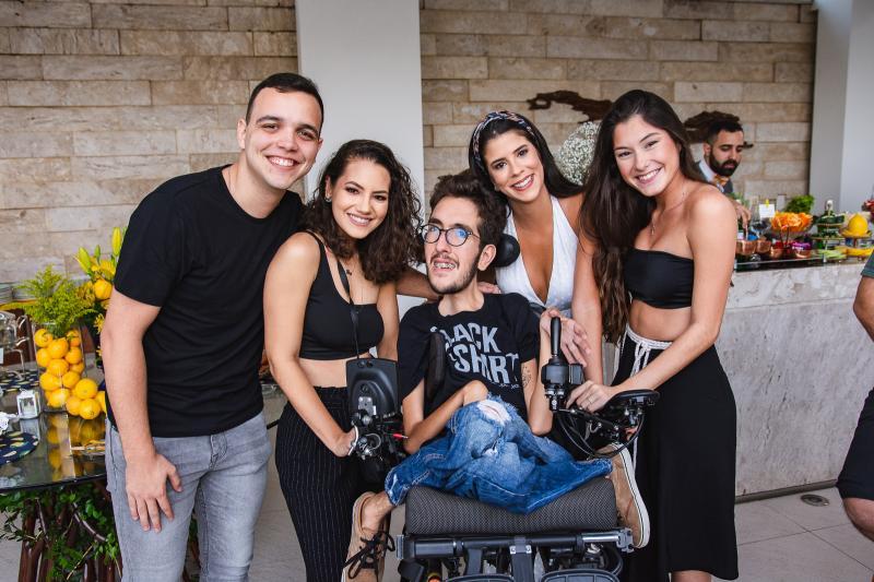 Caio Botelho, Ana Clara Sobreira, Thiago Pinto, Marcella Pinto e Celeste Loyola