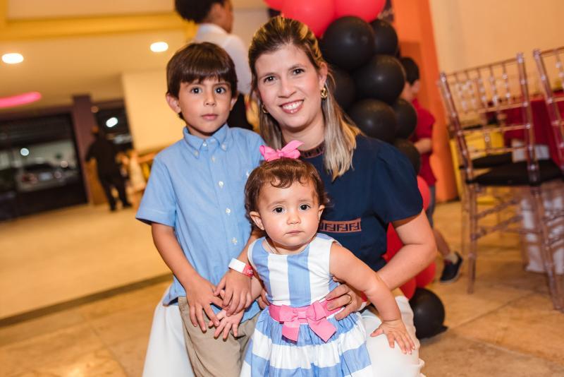 Ricardo, Isabela e Tayne Frota