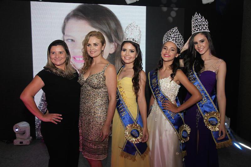 Larissa Melo, Glaucia Tavares,  Eduarda Cavalcante, Isabel Pessoa e Suzana Rios