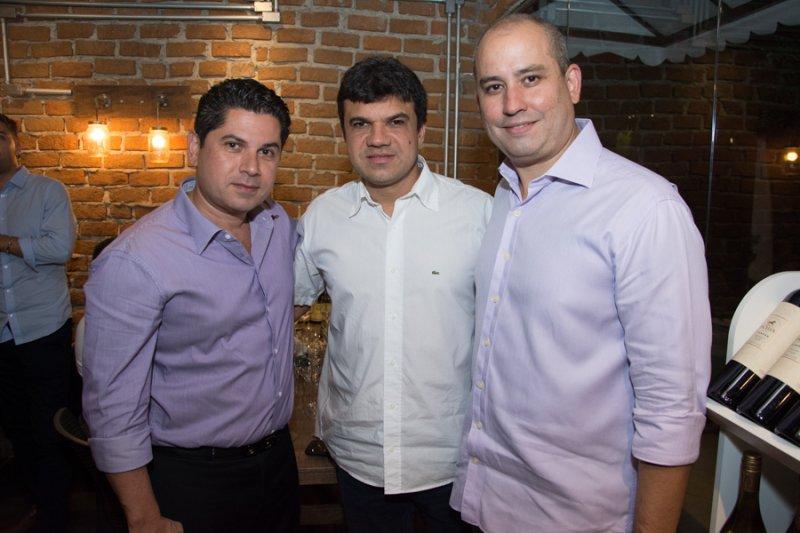 André Linheiro recebe convidados especiais para degustação com a vinícola francesa Maison Louis Jadot