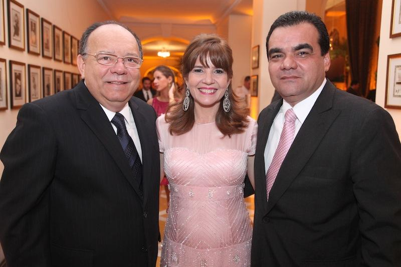 Mario, Susy e Edmar Feitosa