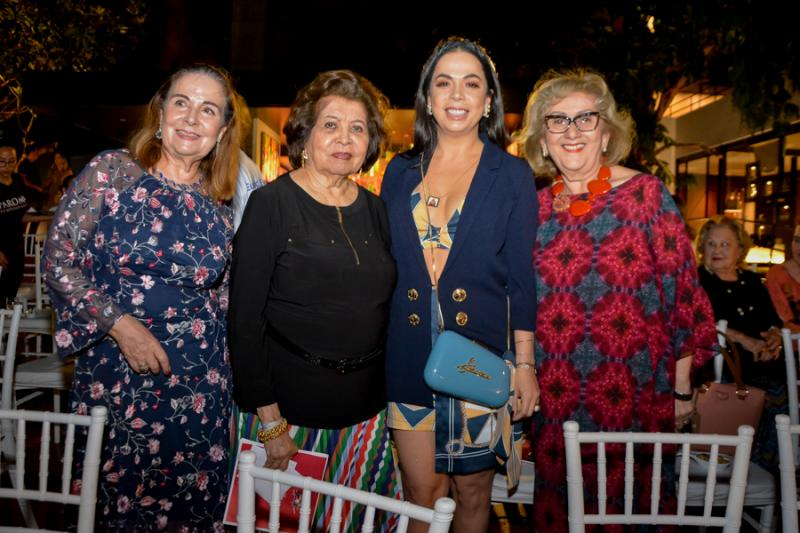 Ester Wayne, Edir Rolim, Roberta Philomeno e Socorro Franca