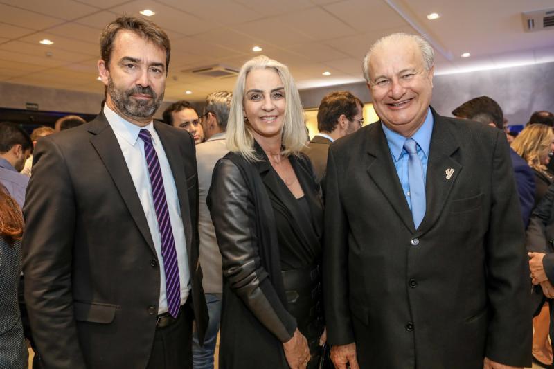 Pedro Arlant, Cintia Gontijo e Tadeu Peron