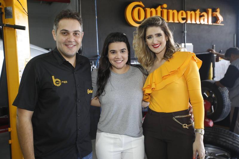 Bruno Bastos, Priscila Leal e Rebeca Bastos
