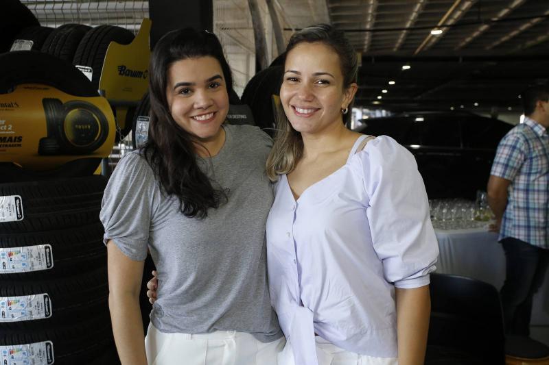 Priscila Leal e Charlye Cose