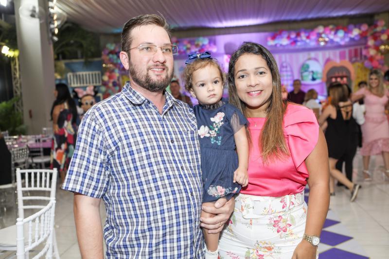 Rafael, Julia e Daniele Arrais