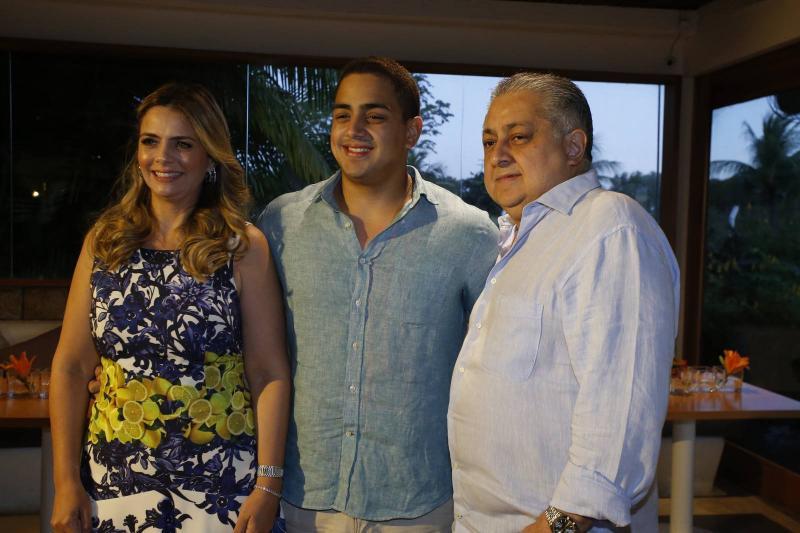Tais, Rafael e Adriano Pinto 2