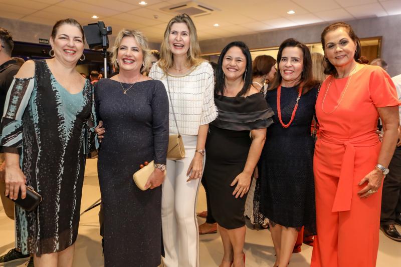 Fernanda Alves, Eliana Bittencurt, Laura Filizola, Jane Viterbino, Rosangela Cavalcante e Diana Freire