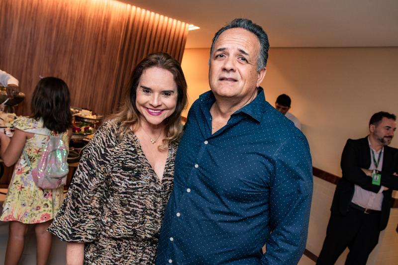 Hilda Pamplona e Hilton Sales