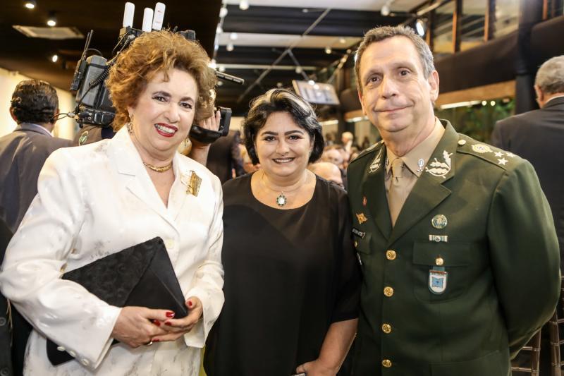 Leda Maria, Katia e Cunha Mattos