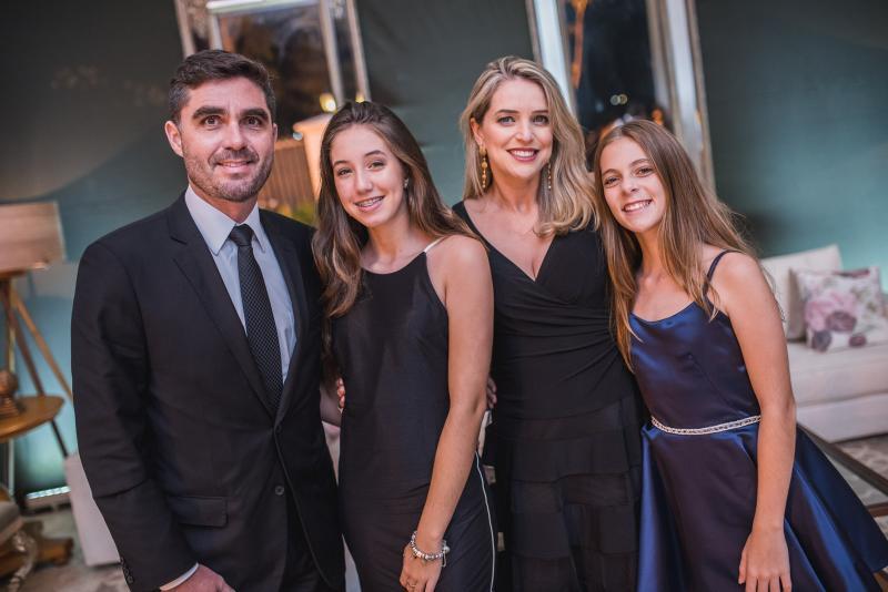 Marco, Maria Antonia, Patricia e Manuela Dermartine