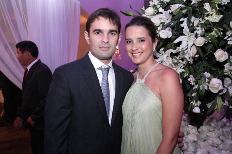 Abelardo e Viviane Rocha