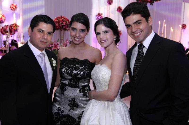 Os Noivos com Carla Laprovitera e Pedro Garcia