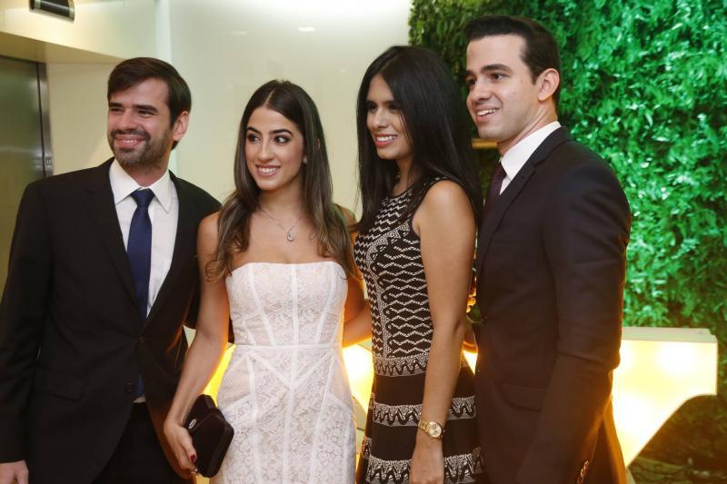 Manuel e Manuela Linhares, Marjorie Rocha e Rodrigo Linhares 2