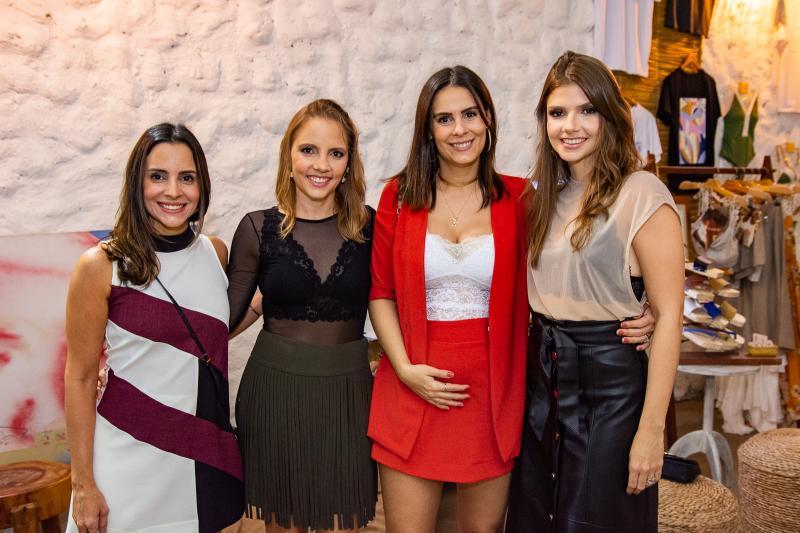 Ticiana Machado, Nathalia Petrone, Deborah Bandeira e Giovanna Gripp