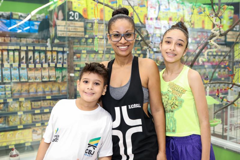 Thiago, Cida e Brenda Santos
