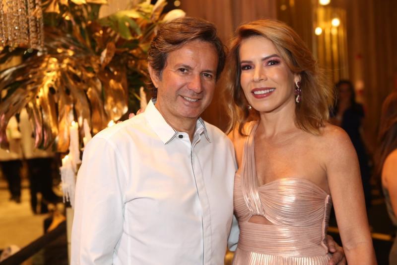 Aderaldo e Maira Silva