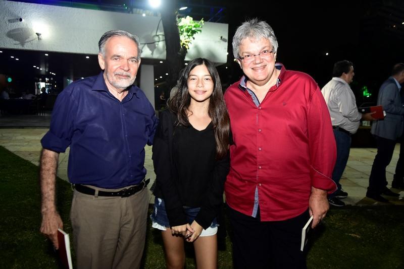 Paulo Faco, Luana Aguiar, Aguiar Junior
