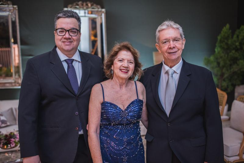Ticiano Rego, Fatima Rego e Cesar Rego
