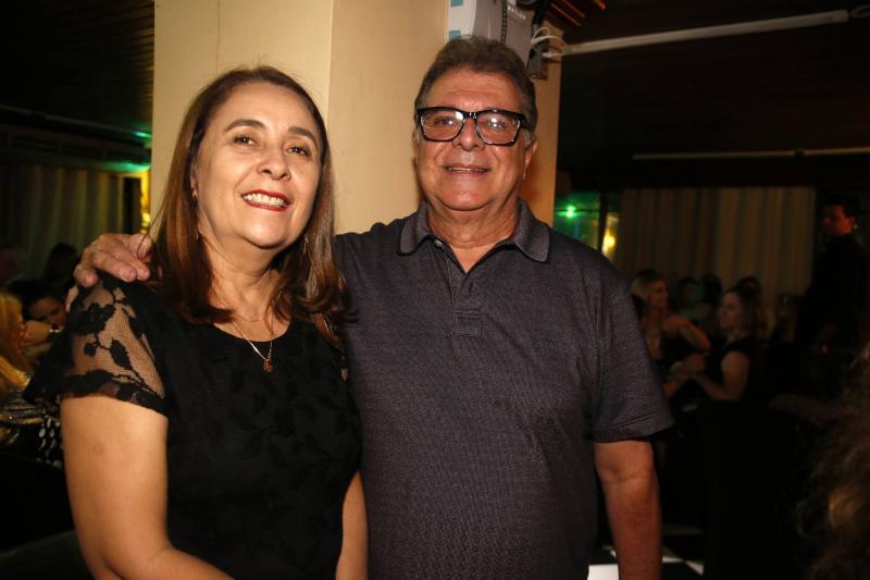 Maria Eduarda Barreira e Elias Bacha Neto