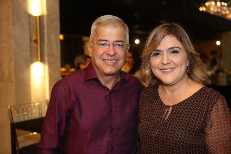 Paulo Cesar Noroes e Simone Moraes