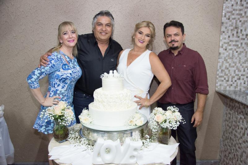Mayara Resende, LC Moreira, Adriana Aguiar e Neil Resende