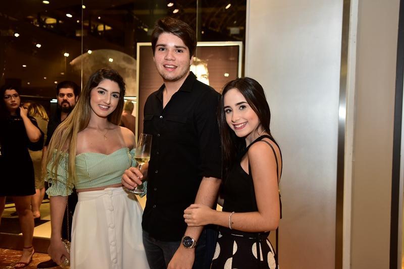 Gisele Dantas, David Leitao , Amanda Carneiro