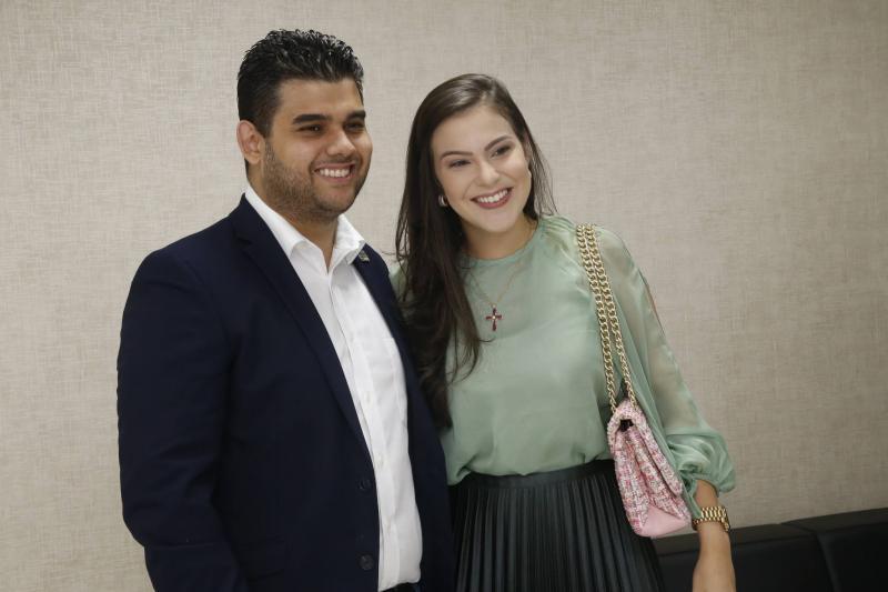 Davi e Gabriela Benevides