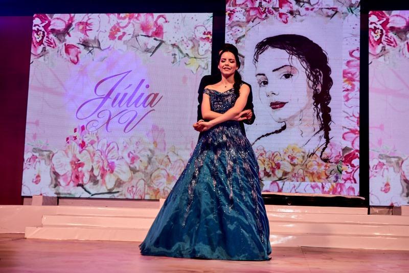 15 anos de Julia