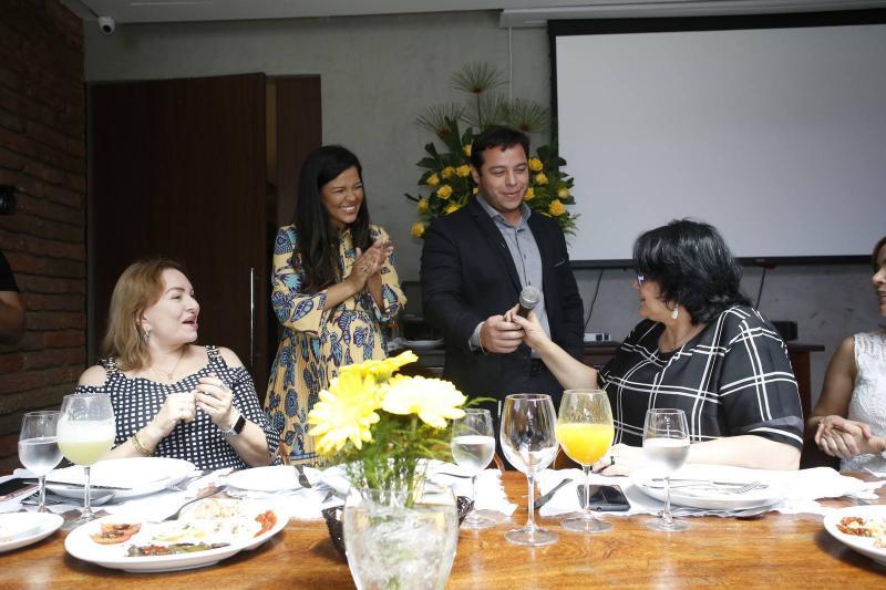 Gorete pereira, Priscila Costa, Jose Roberto e Damares Alves e
