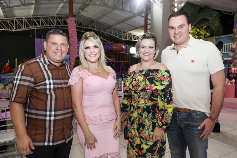 Gerardo e Marina Santos, Madalena e Regis Tavares