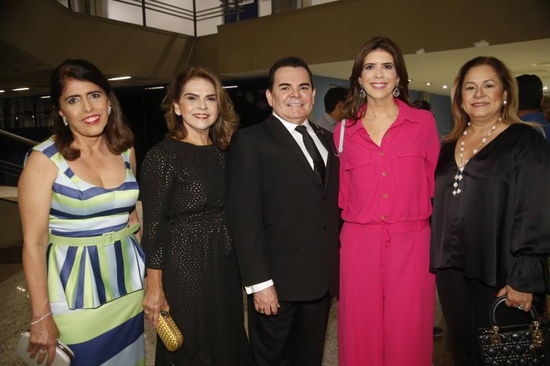 Isabela Perez Mota, Keyve Machado, Walker Santiago, Juliana Melo e Sarinha Philomeno