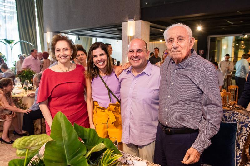 Norma Bezerra, Carol Bezerra, Roberto Claudio e Humberto Bezerra