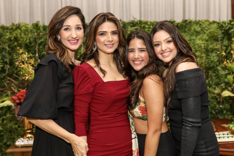 Sarah Nunes, Rachel e Beatriz Teixeira, Elisa Gondim