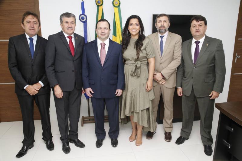 Adail Junior, Antonio Henrique, Igor Barroso, Priscila Costa, Elcio Batista e Benigno Junior