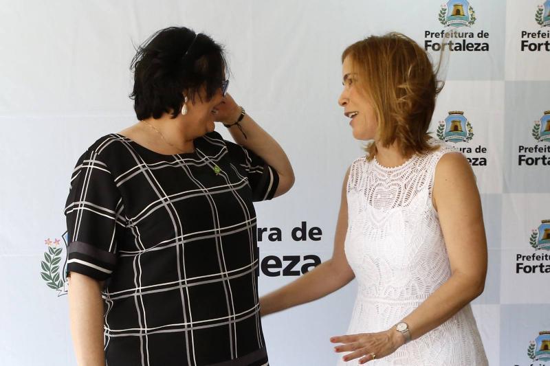Damares Alves e Maira Pinheiro