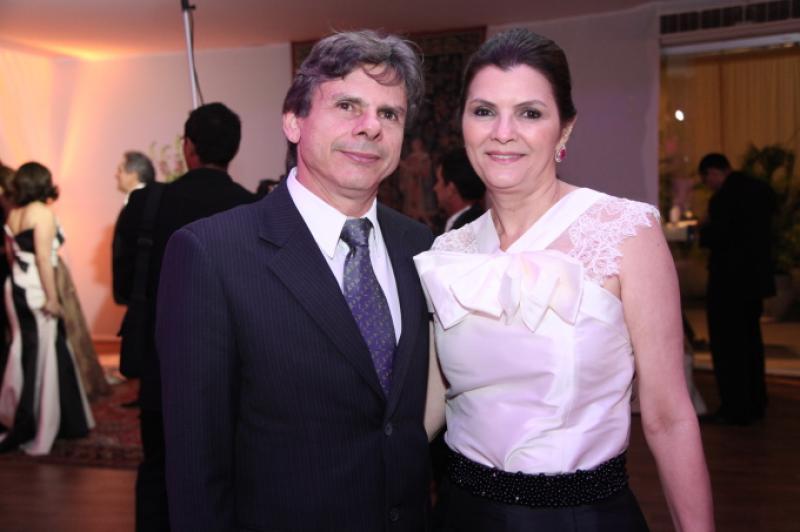 Rogerio e Liliana Farias