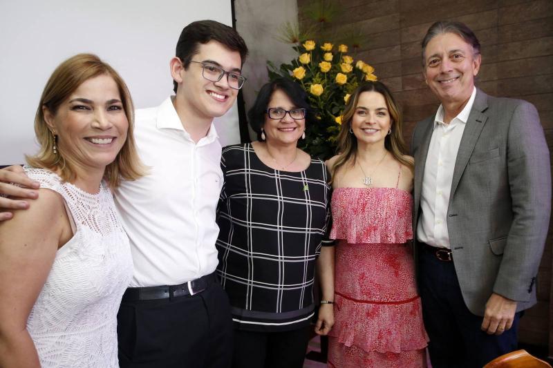 Maira Pinheiro, Carmelo Neto, Damares Alves, Daniele e Afranio Barreira
