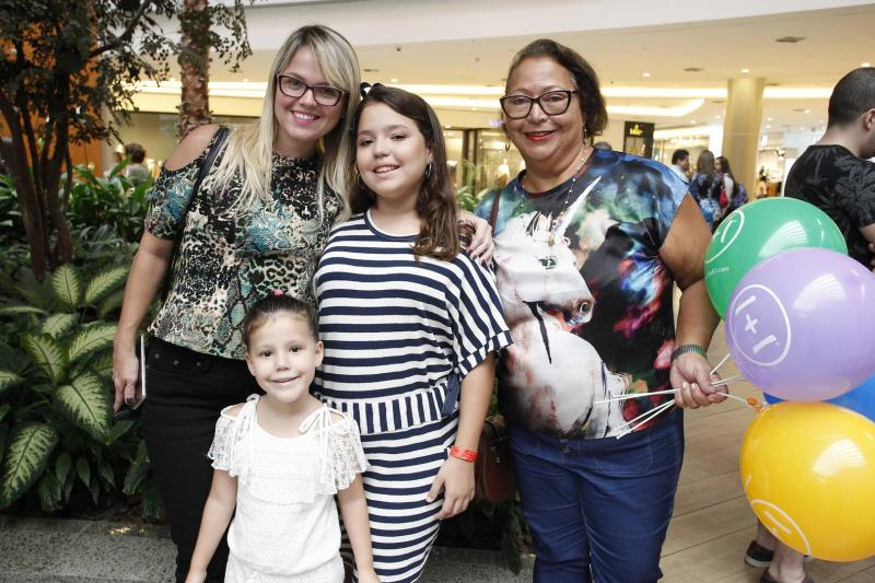Maira Ferreira, Julia Silveira, Graca Muniz e Sofia Silveira