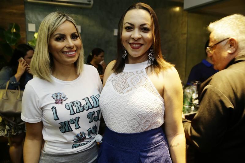 Valquiria Santos e Vaninha Show