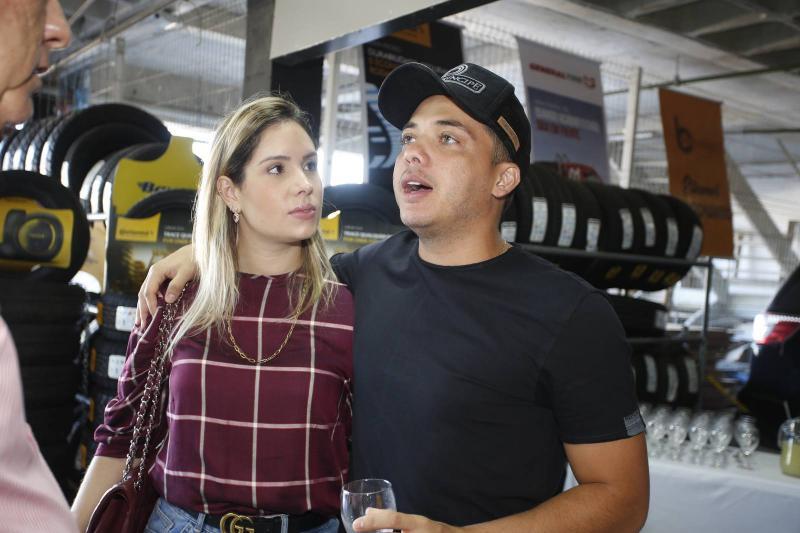 Thyane Oliveira e Wesley Safadao