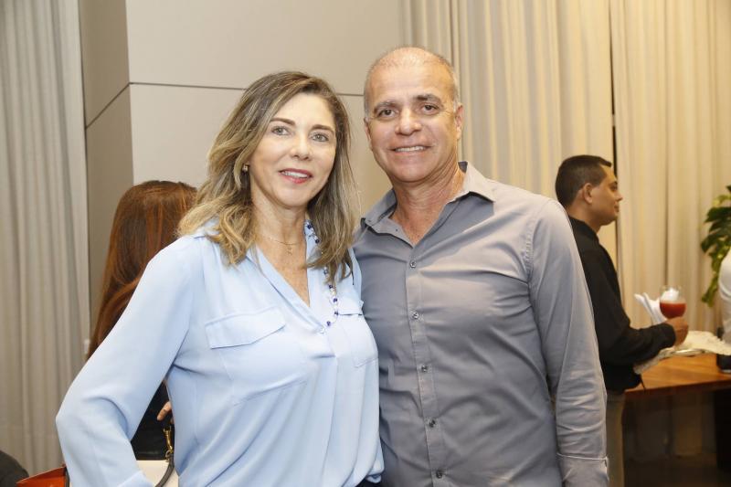 Marineusa Rocha e Rogerio Passos