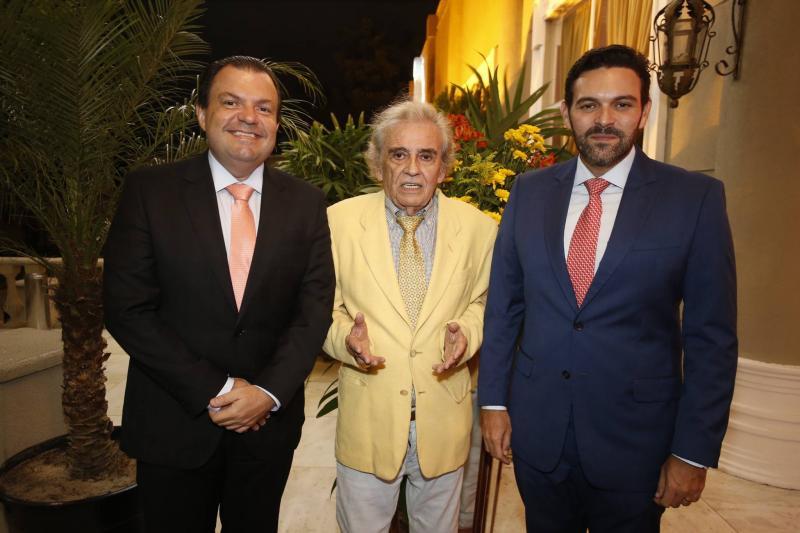 Fernando Ferrer, Lucio Brasileiro e Clovis Holanda