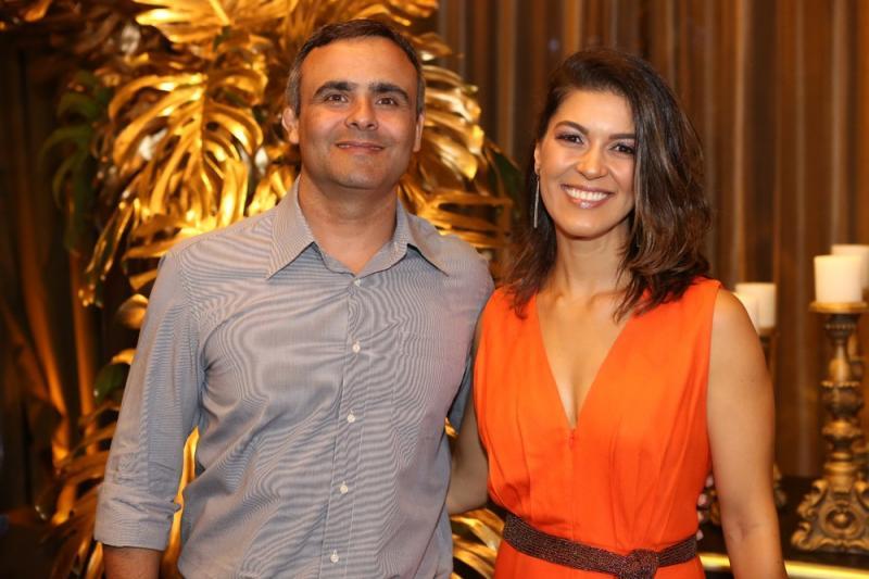 Joa?o Paulo Gurgel e Camila Campos
